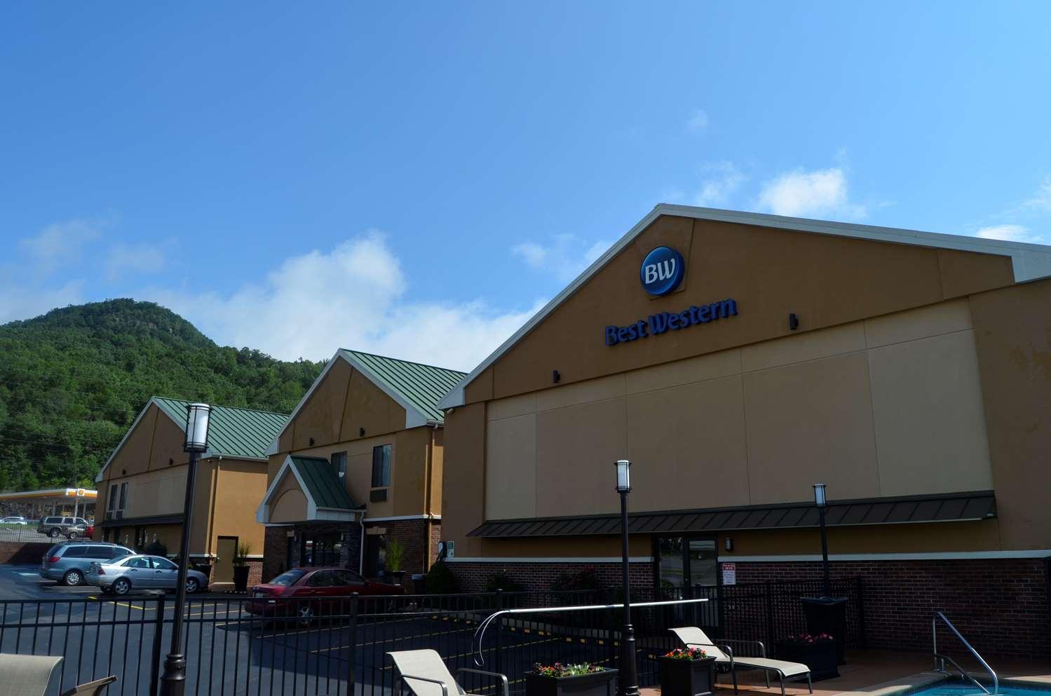 Pet Friendly Hotels Lookout Mountain Tn