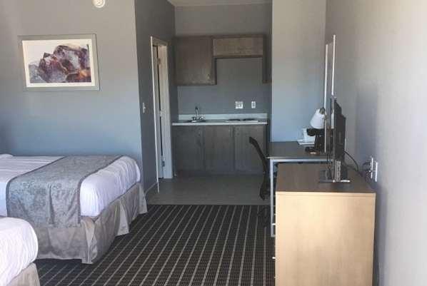Room - Days Inn Odessa