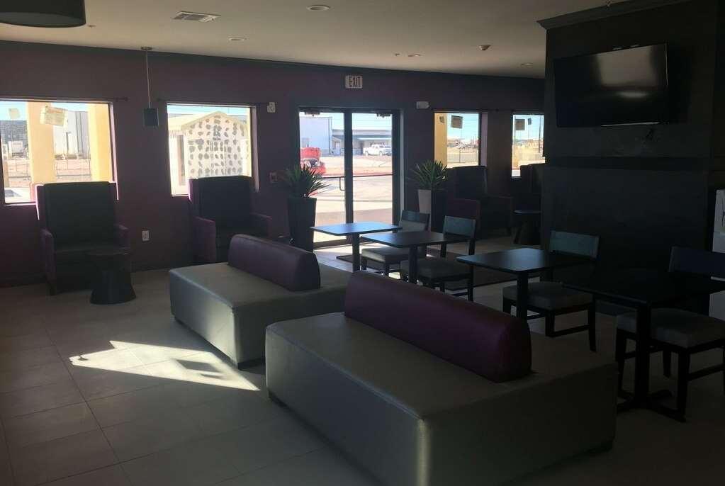 Lobby - Days Inn Odessa