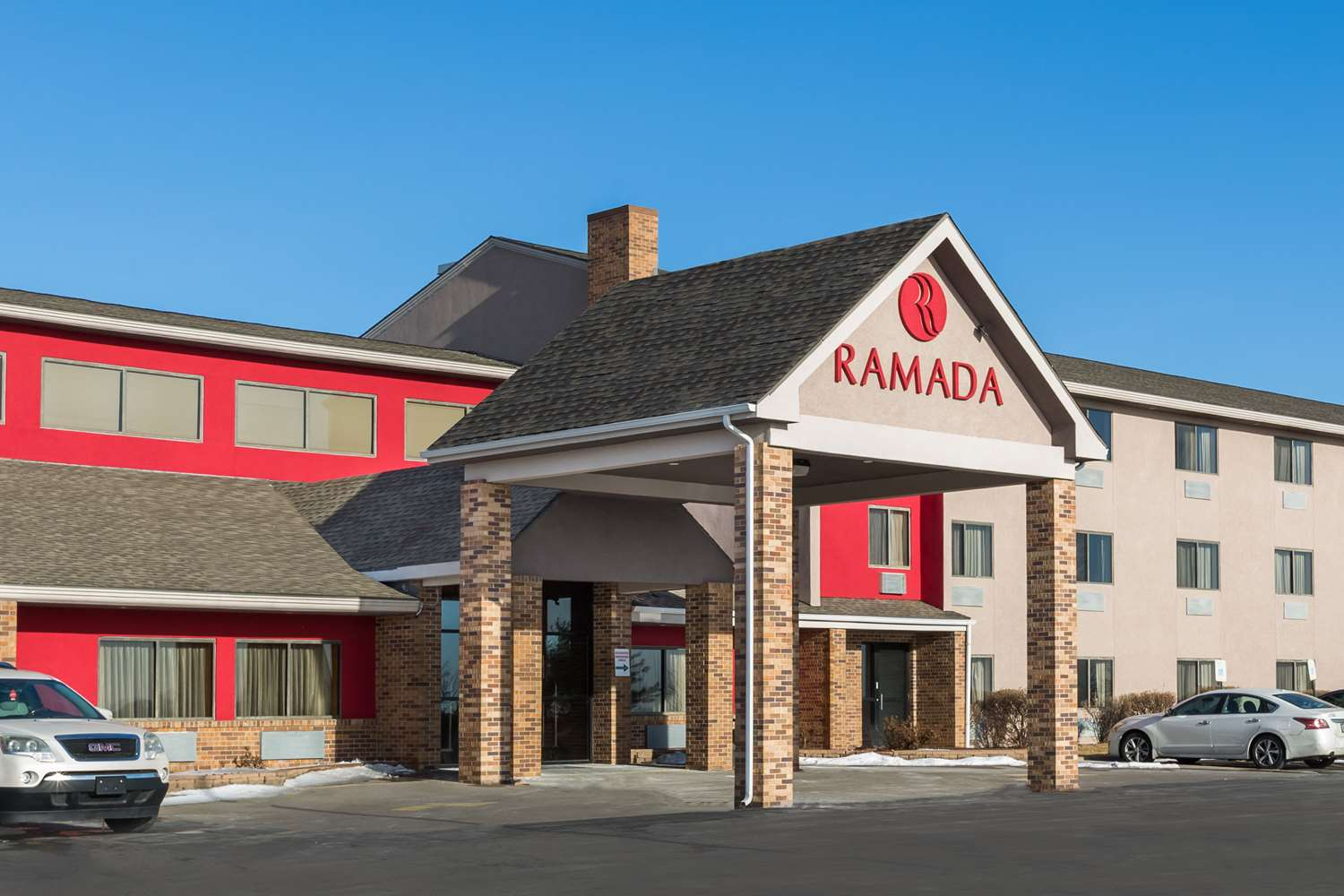 Exterior view - Ramada Hotel Airport Platte City