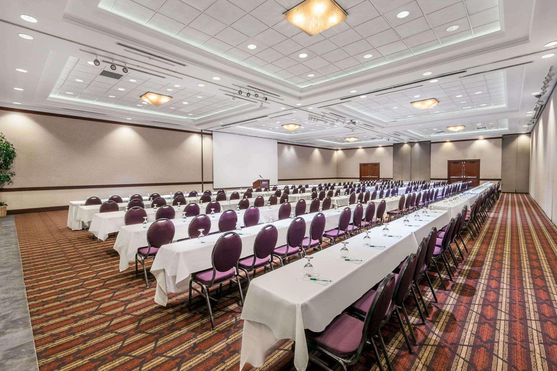 Meeting Facilities - Wyndham Garden Hotel Sterling Heights