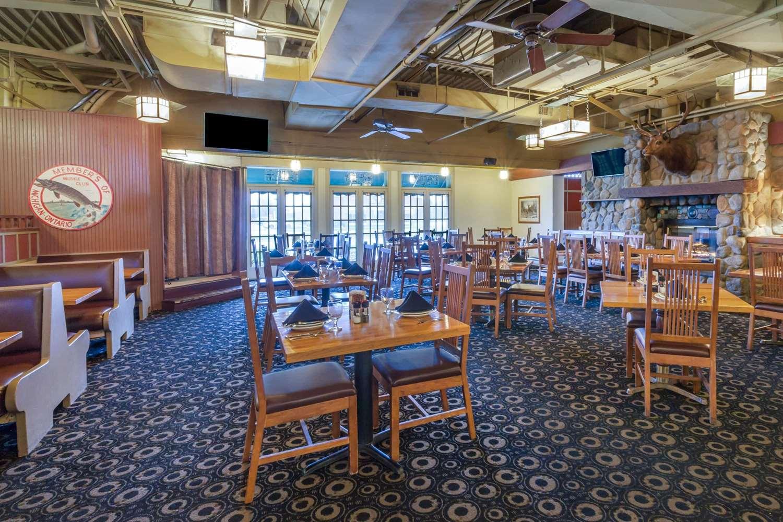 Restaurant - Wyndham Garden Hotel Sterling Heights