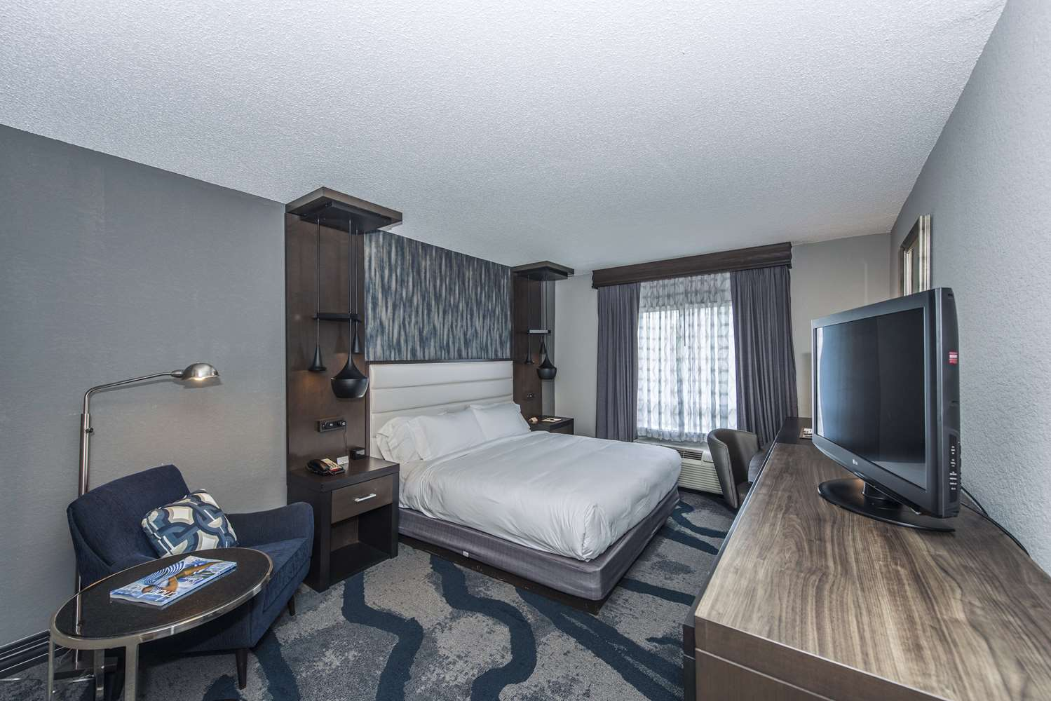 Room - DoubleTree by Hilton Hotel Airport North Charleston