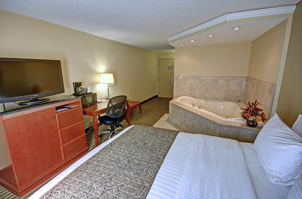 Room - Best Western Plus Bridgeport Inn