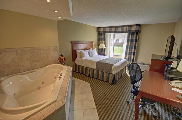 Room - Best Western Plus Bridgeport Inn