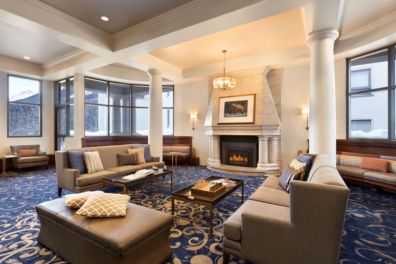Lobby - Fairmont Chateau Hotel Lake Louise