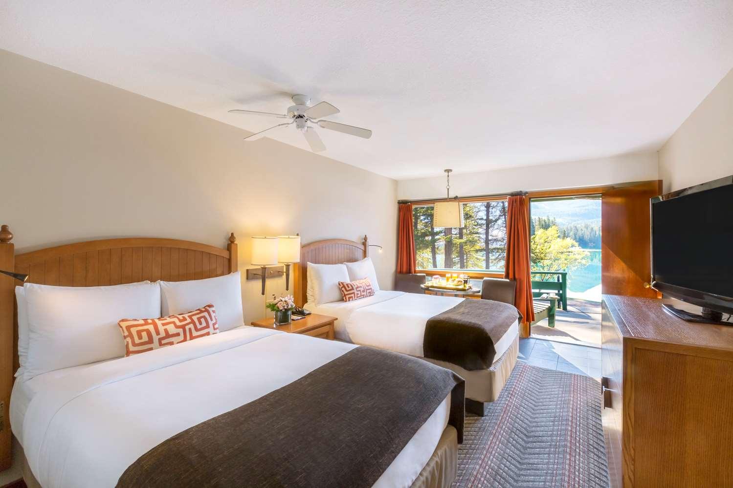 Room - Fairmont Jasper Park Lodge