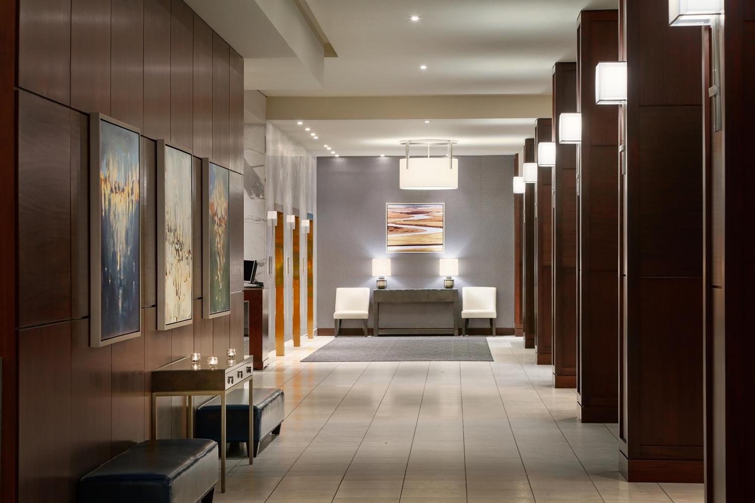 Lobby - Fairmont Hotel Winnipeg