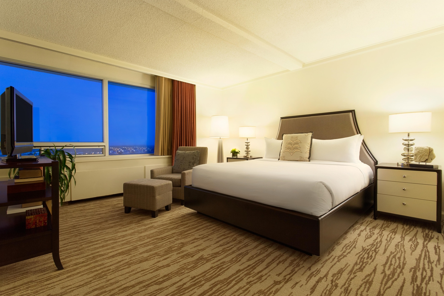 Room - Fairmont Hotel Winnipeg