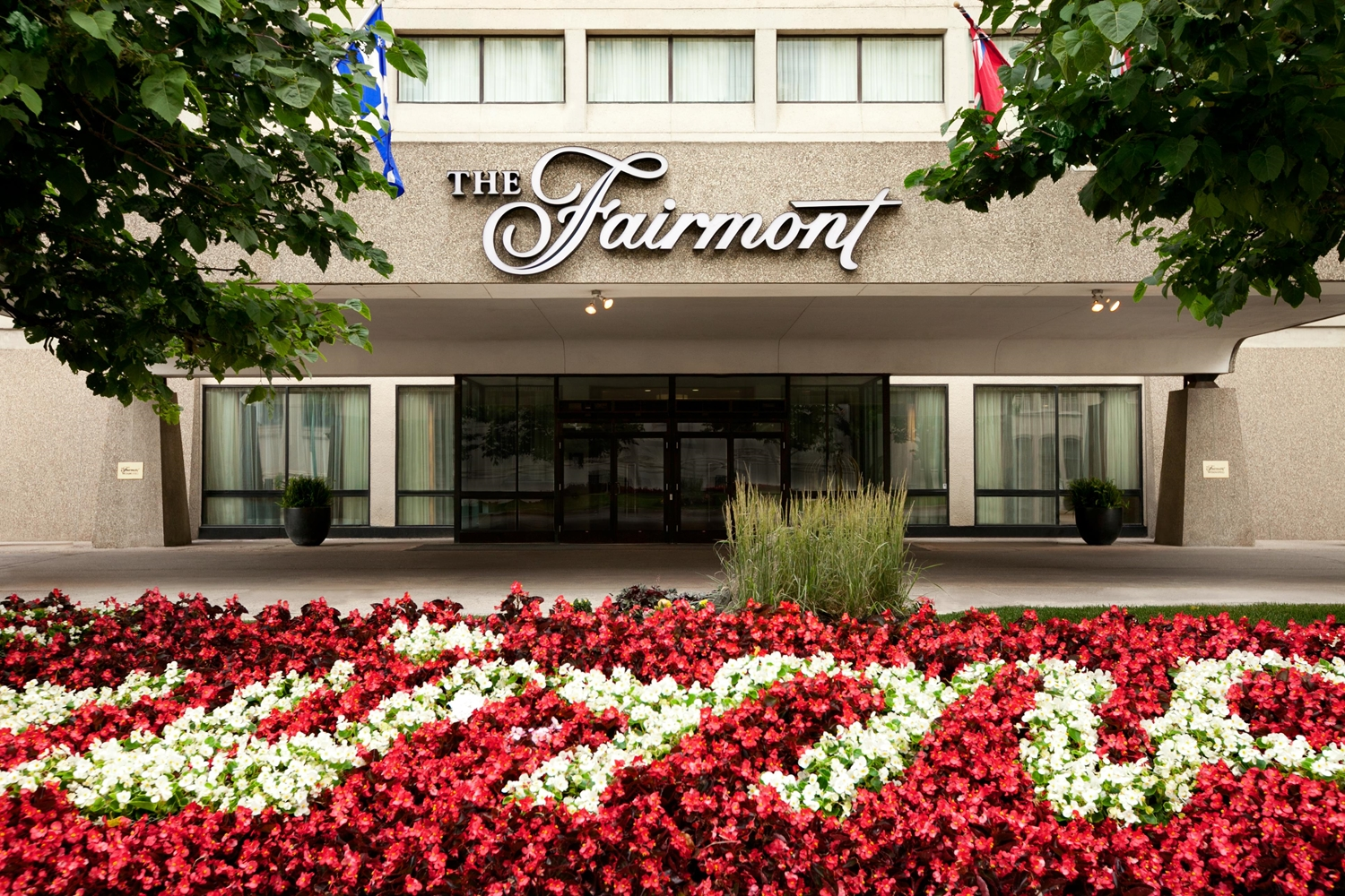 Exterior view - Fairmont Hotel Winnipeg