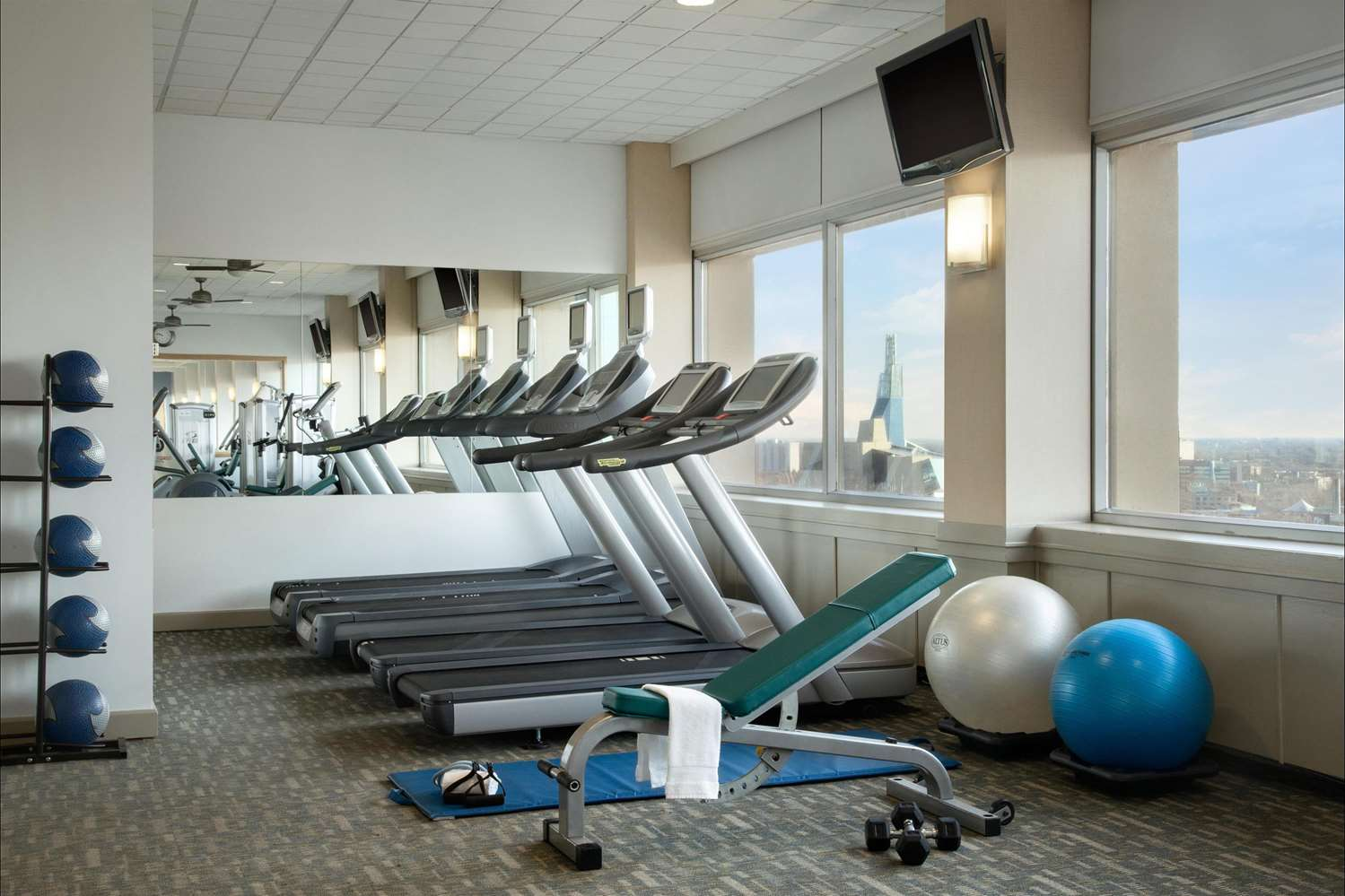 Fitness/ Exercise Room - Fairmont Hotel Winnipeg