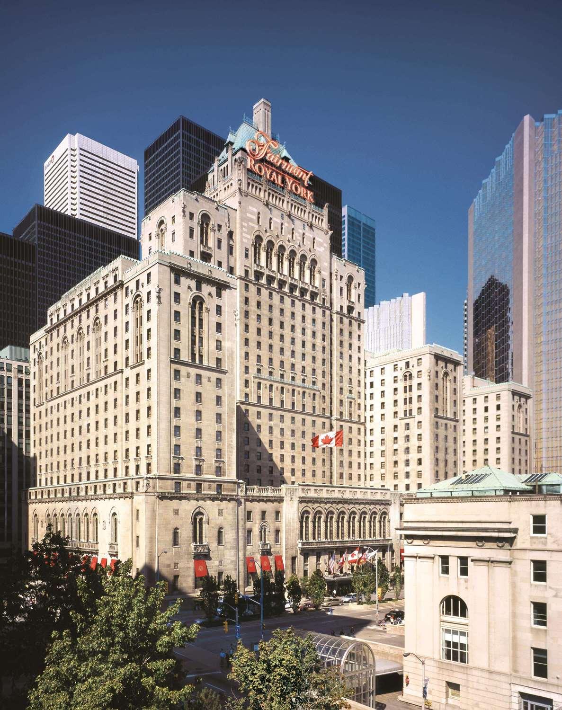 Exterior view - Fairmont Hotel Royal York Toronto