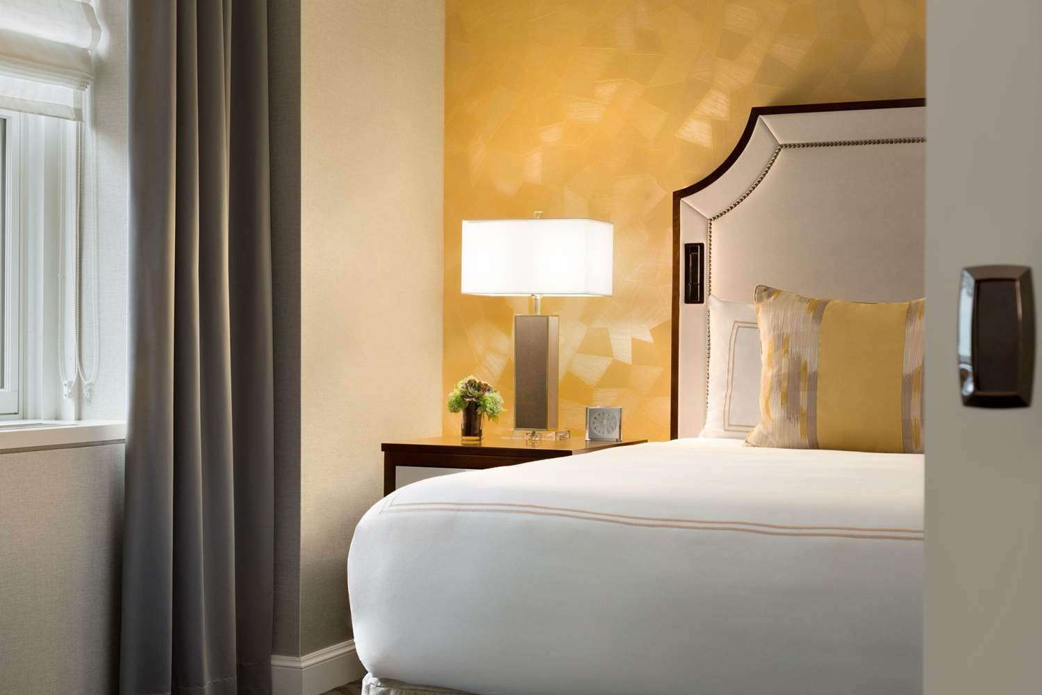 Room - Fairmont Olympic Hotel Seattle