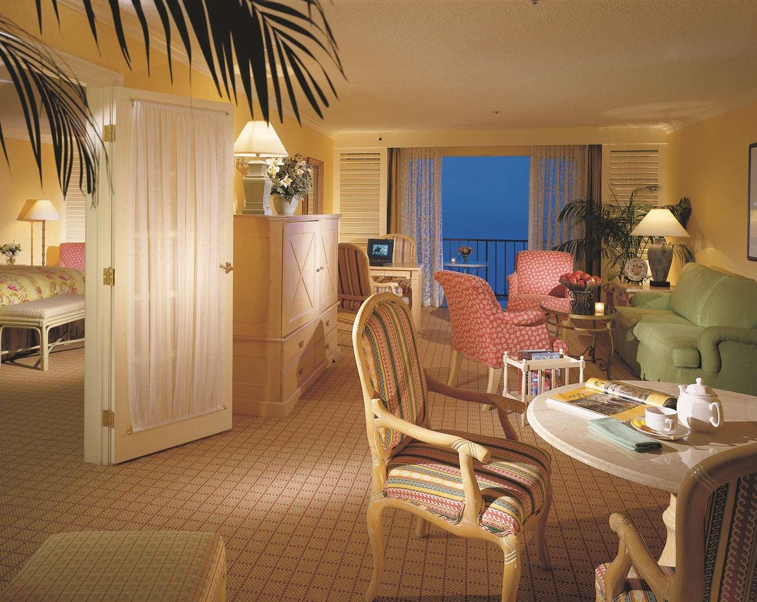 Fairmont Gold 1 Bedroom Suite