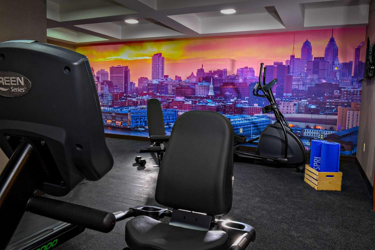 Fitness/ Exercise Room - Best Western Plus Philadelphia Convention Center Hotel