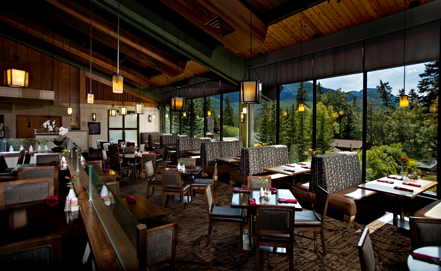 Restaurant - Banff Park Lodge