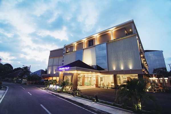3 star hotel GOLDEN TULIP ESSENTIAL BELITUNG