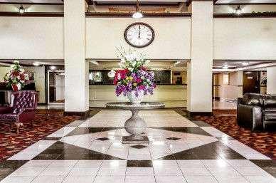 Lobby - Ramada Hotel Airport Birmingham