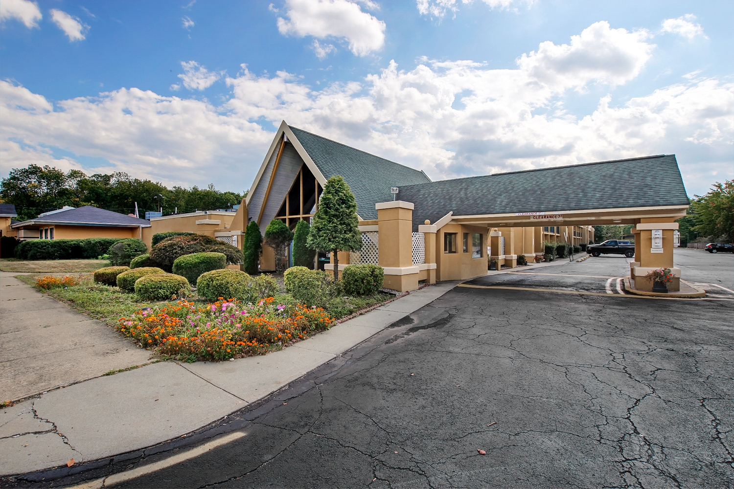 Exterior view - Americas Best Value Inn Whippany