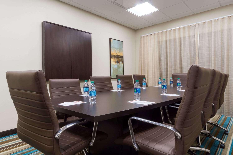 Meeting Facilities - Hawthorn Suites by Wyndham Triadelphia