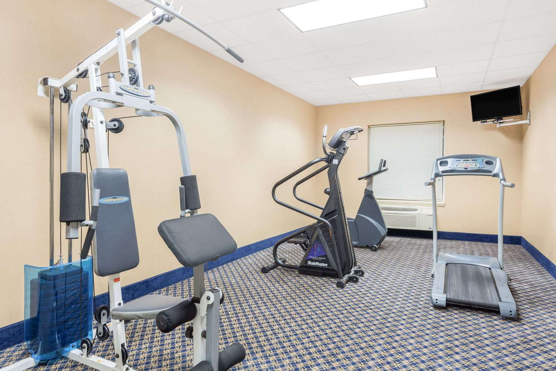 Fitness/ Exercise Room - Baymont Inn & Suites Cartersville