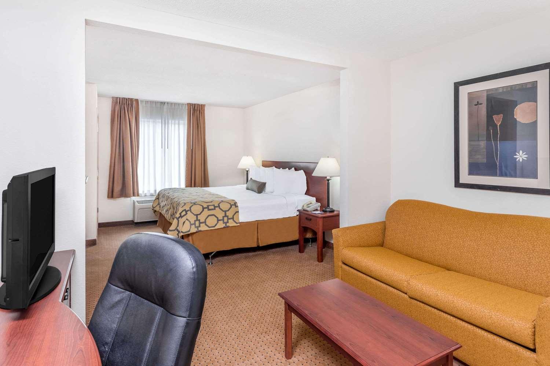 Suite - Baymont Inn & Suites Cartersville