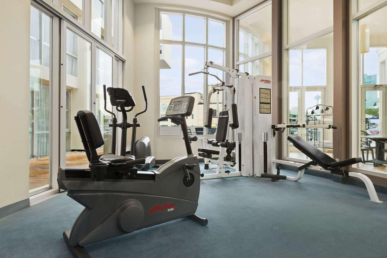 Fitness/ Exercise Room - Travelodge Hotel Fallsview Niagara Falls