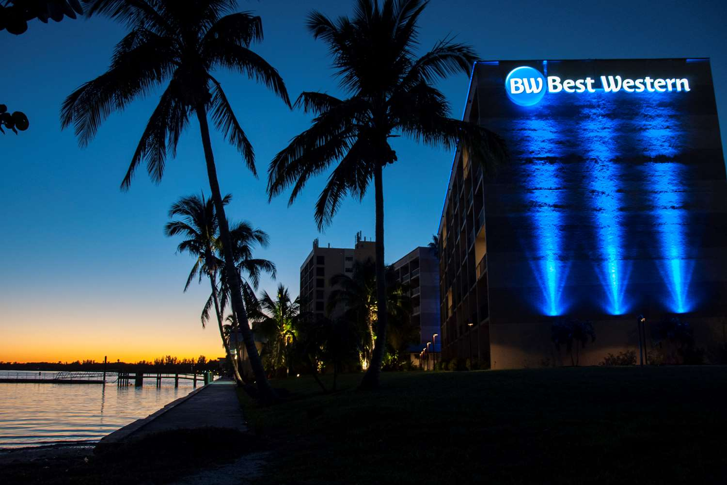 Exterior view - Best Western North Fort Myers Waterfront Hotel