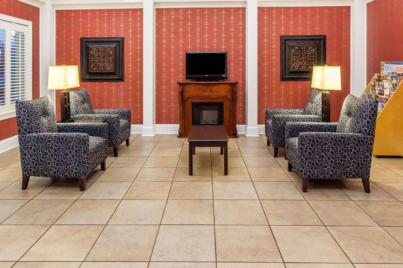 Lobby - Baymont Inn & Suites Point Mallard Decatur