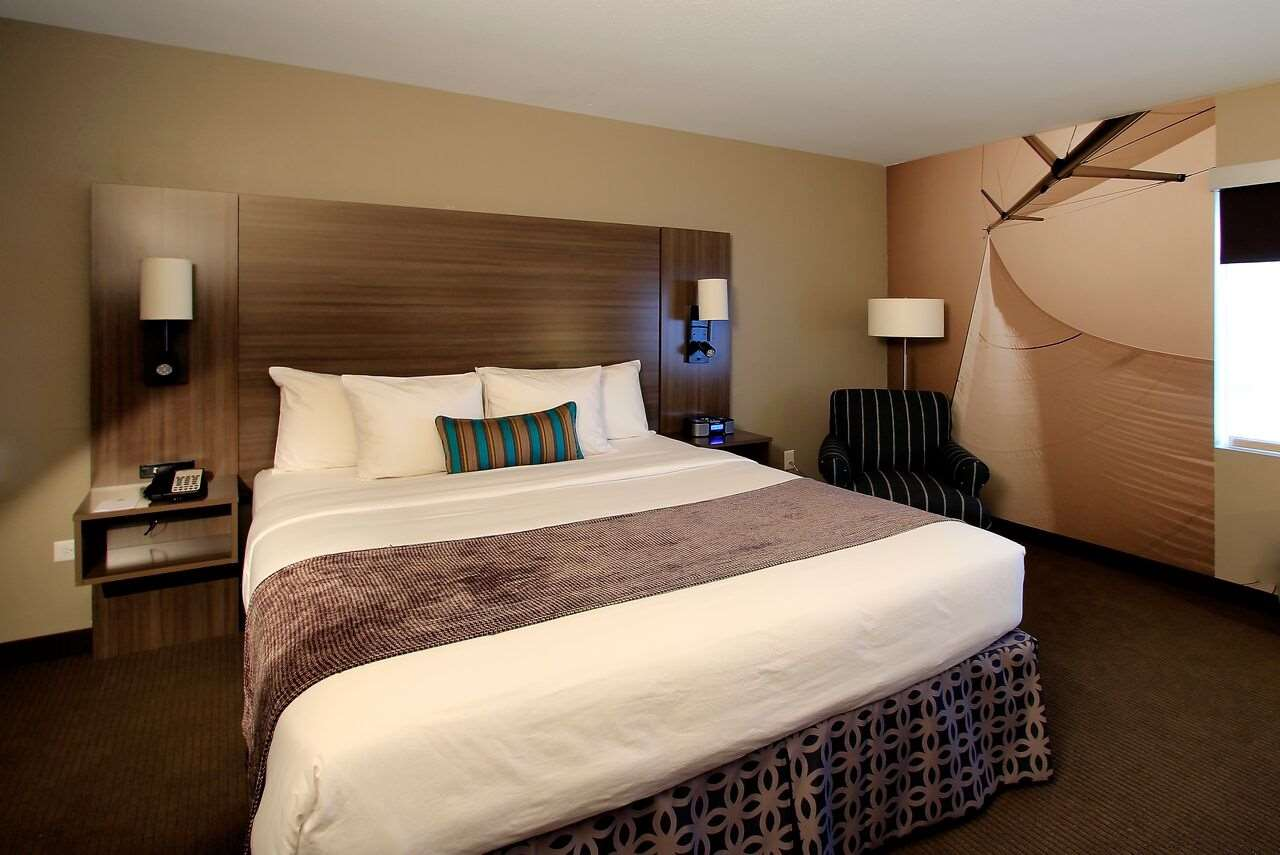 Room - Executive Inn & Suites Oakland