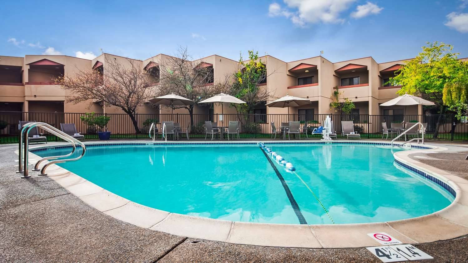 Pool - Best Western Plus Wine Country Inn Santa Rosa