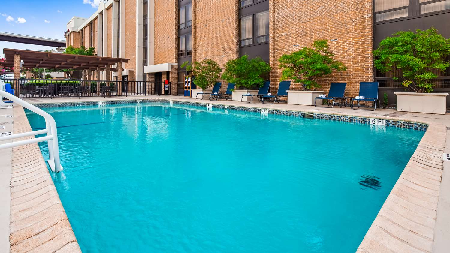 Pool - Best Western Plus Hotel Central Austin