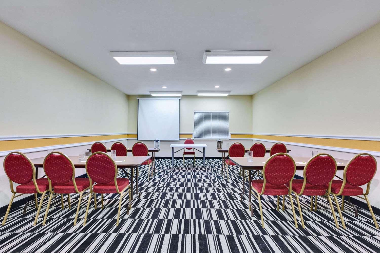 Meeting Facilities - Days Inn & Suites Sulphur Springs