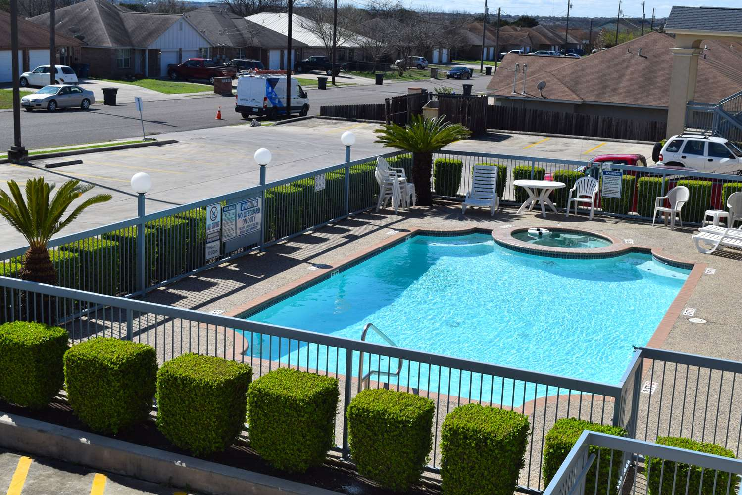 Pool - Americas Best Value Inn New Braunfels