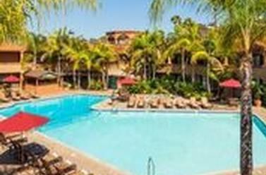 Pool - Handlery Hotel San Diego