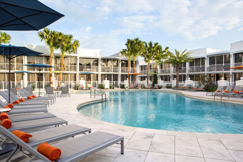 Pool - B Resort & Spa Lake Buena Vista