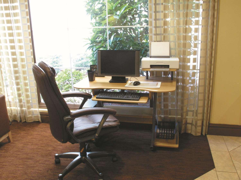Conference Area - La Quinta Inn & Suites Primacy Parkway Memphis