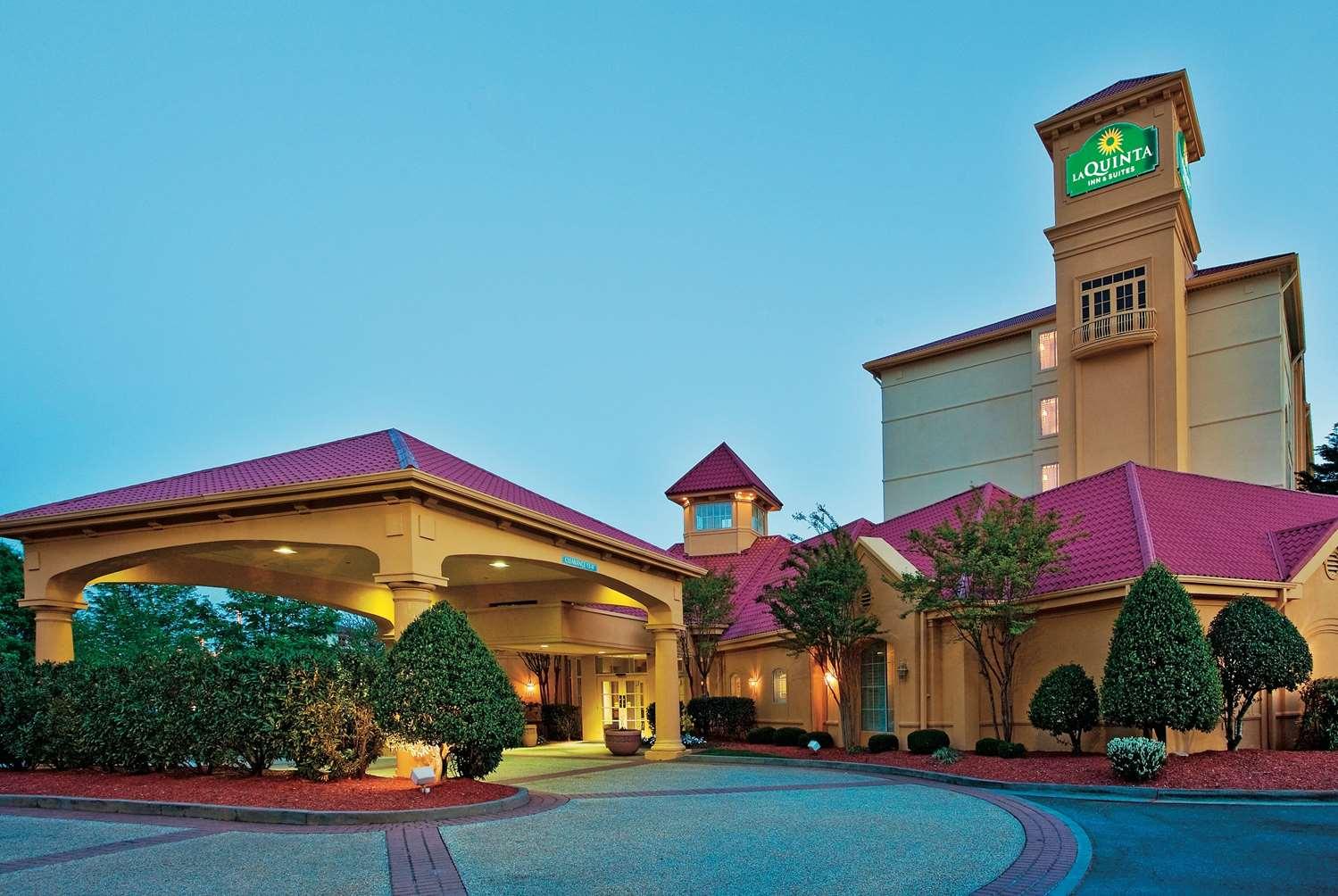 Exterior view - La Quinta Inn & Suites Winston-Salem