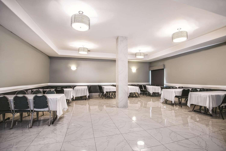 Meeting Facilities - La Quinta Inn & Suites Brownsville