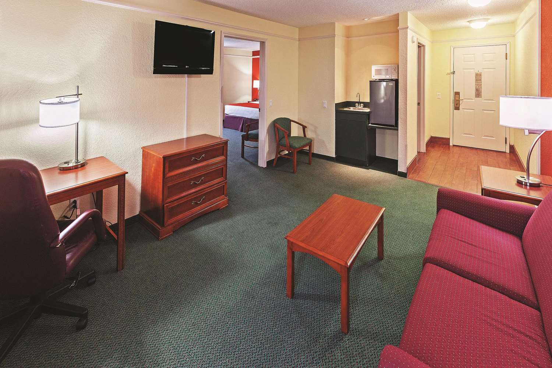 Suite - La Quinta Inn & Suites Weatherford