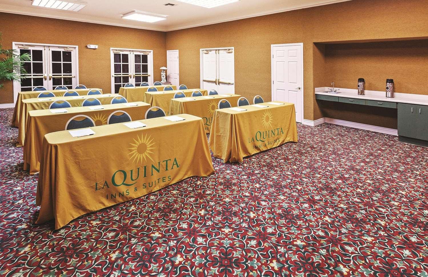 Meeting Facilities - La Quinta Inn & Suites Weatherford