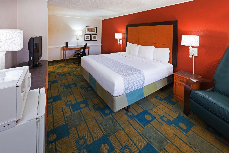 Room - La Quinta Inn South Corpus Christi