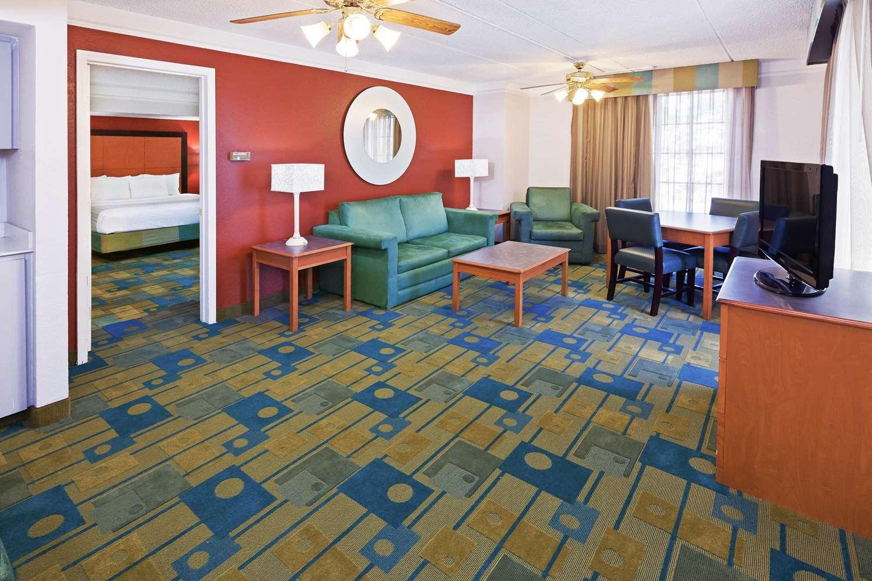 Suite - La Quinta Inn South Corpus Christi