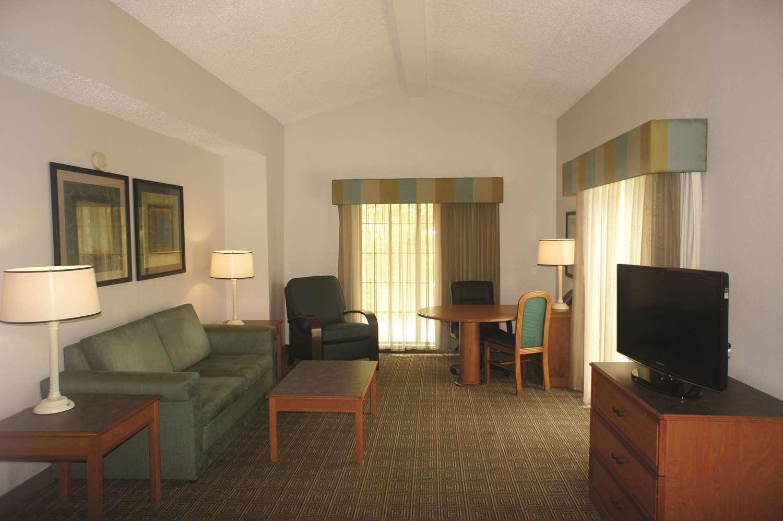 Suite - La Quinta Inn North Tallahassee