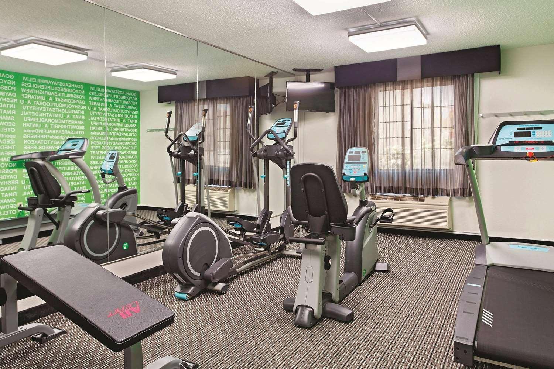 Fitness/ Exercise Room - La Quinta Inn Champaign