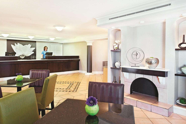 Lobby - La Quinta Inn Champaign