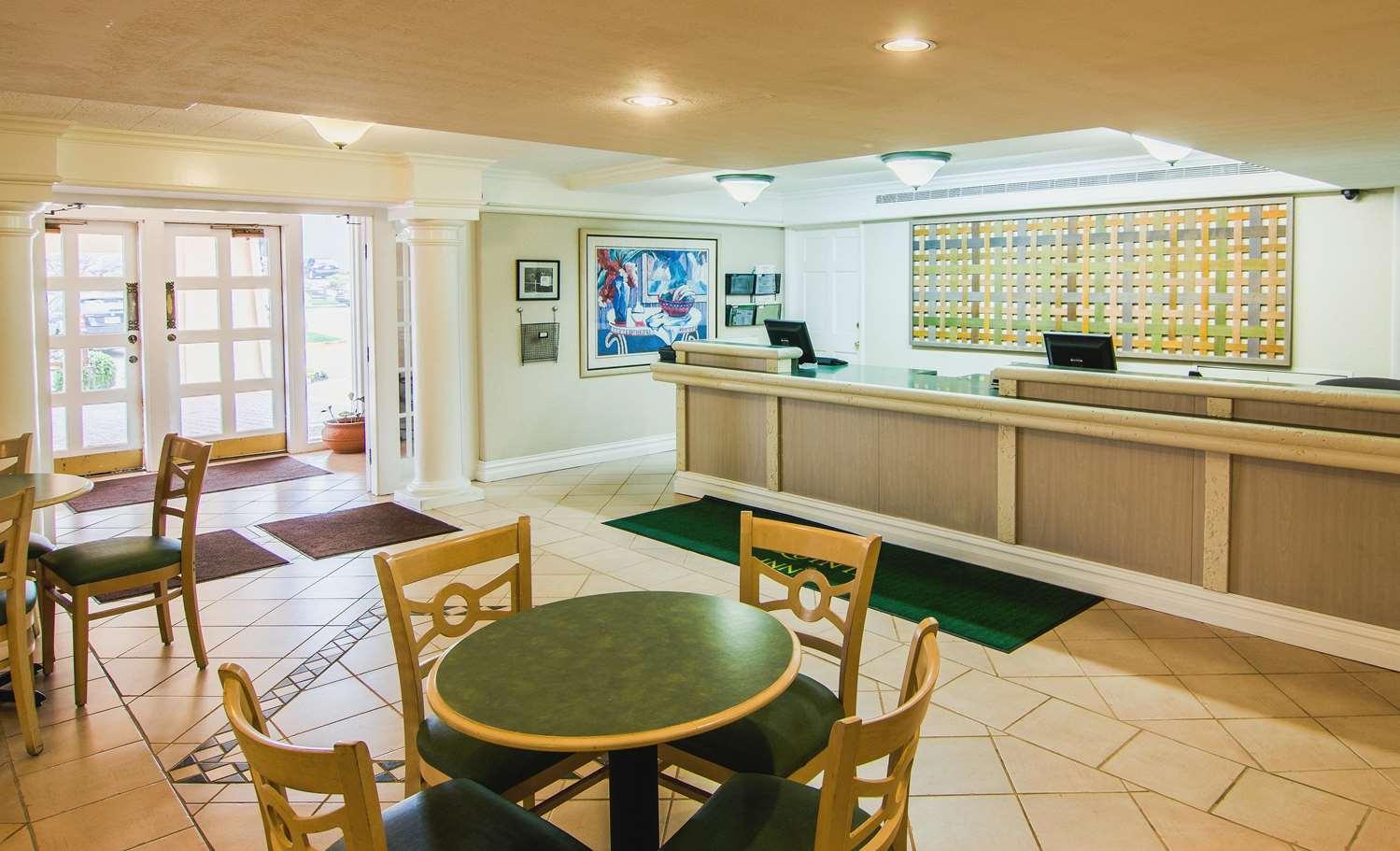 Lobby - La Quinta Inn Lexington