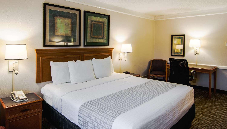 Room - La Quinta Inn Lexington