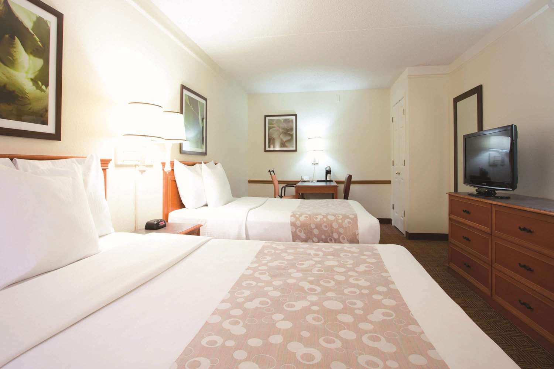 Room - La Quinta Inn Baton Rouge