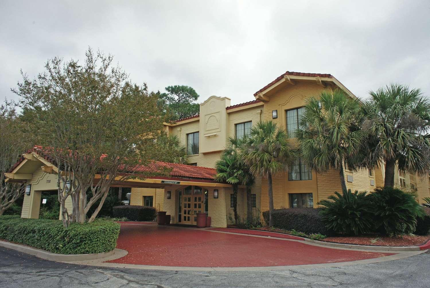 Exterior view - La Quinta Inn Pensacola